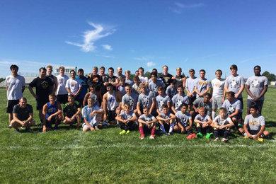 Alumni return to face current soccer team