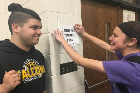 Students spread 'tearable' puns