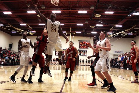 Boys basketball drops last home game of season