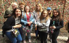 Journalism students attend national convention in Seattle