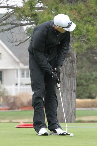 Golf team places second at home for season opener