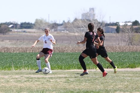 Girls soccer defeats Salina South