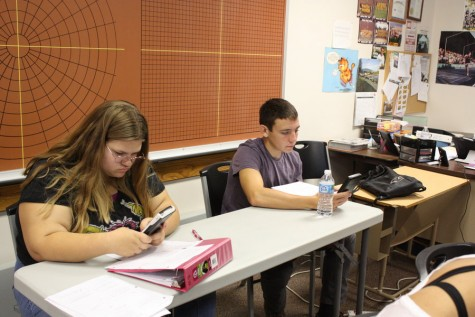 Teachers need to compromise with students' schedules