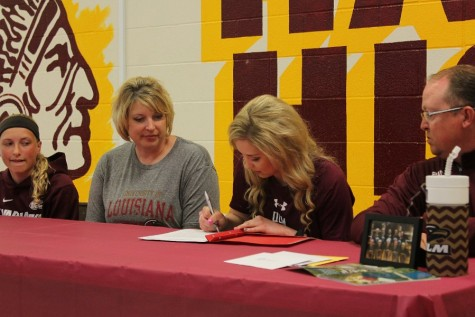 Senior Albany Schaffer signs to the University of Louisiana