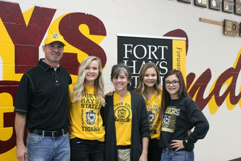 Senior Katie Brungardt signs to FHSU for golf
