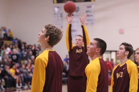 Basketball team prepares for sub state