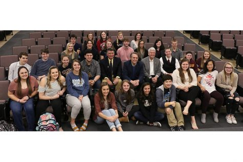 Students meet with state government position holders