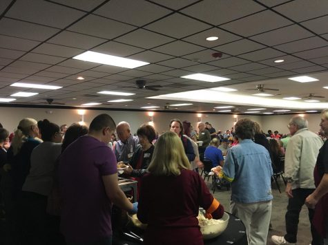 Ellis County Ministerial Alliance hosts 10th annual Thanksgiving Feast