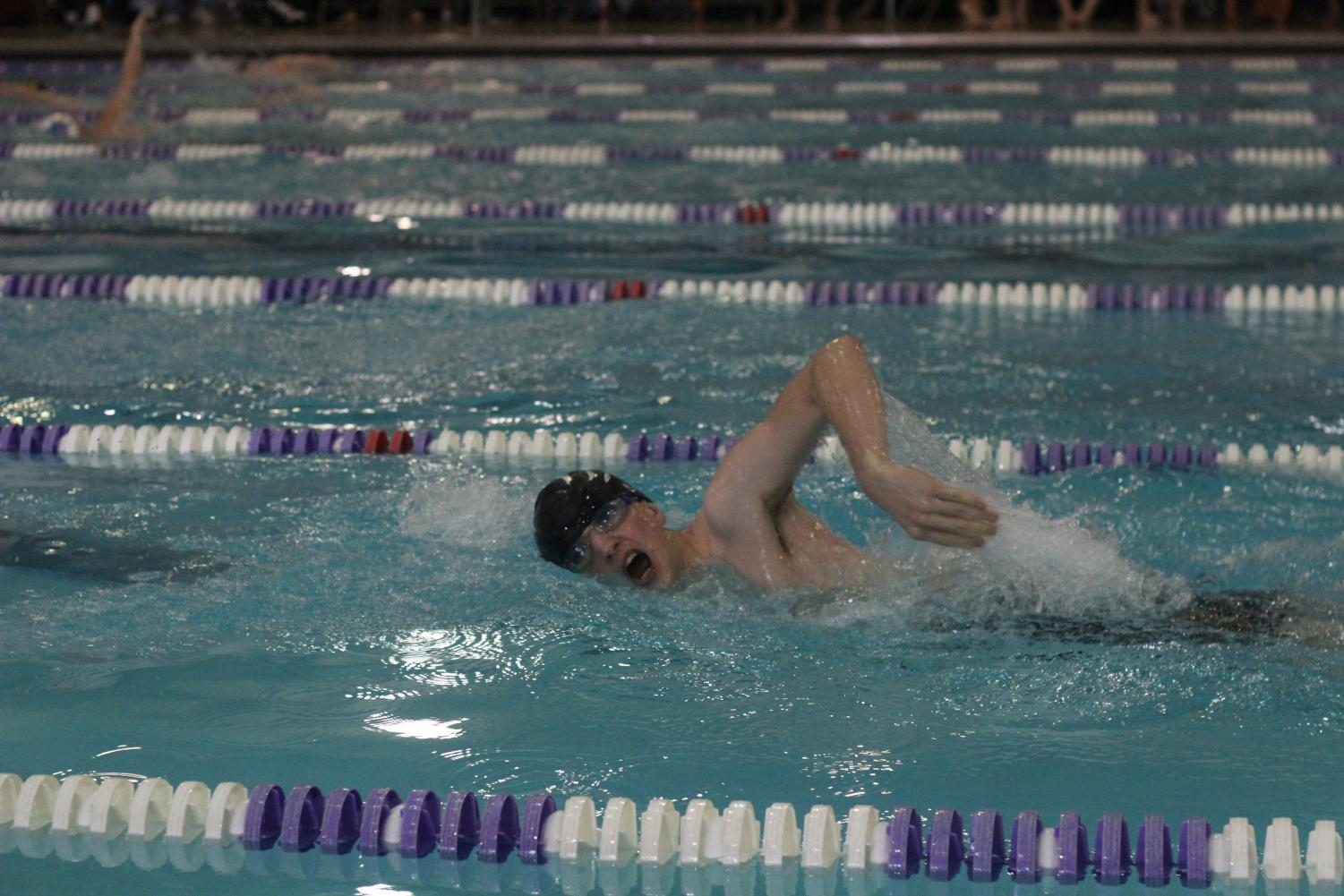 Blade Goering swimming his 200 yd freestyle event