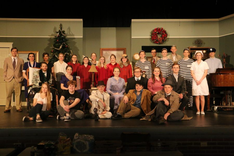 Twenty-eight+students+make+up+the+cast+and+crew+of+%E2%80%9CThe+Man+Who+Came+to+Dinner%2C%E2%80%9D+which+will+be+presented+at+7+p.m.+on+March+15-17+at+12th+Street+Auditorium.+General+admission+tickets+are+available+at+the+Hays+High+office+or+from+any+cast+member+or+can+be+purchased+at+the+door.