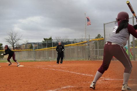Lady Indians softball take losses at Great Bend